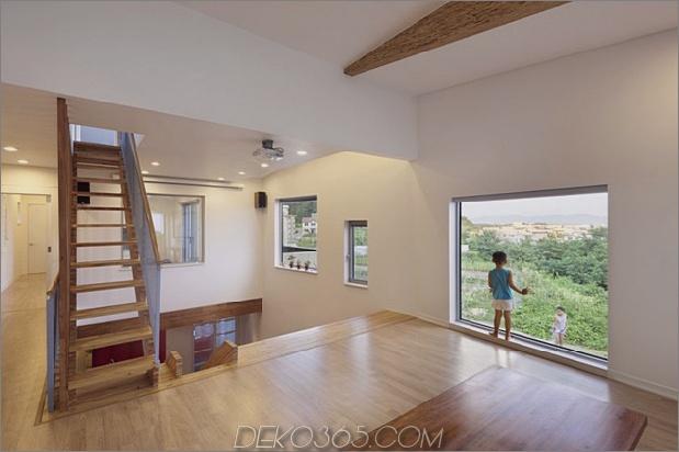 Zick-Zack-Haus-mit-Panorama-Ansichten-und-eine-Folie-innen-16.jpg