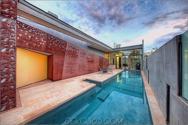 modernes Wüstenheim steven holl lap pool 1 thumb 630xauto 58485 Zum Verkauf in Arizona: Modernes Wüstenheim von dem renommierten Architekten Steven Holl