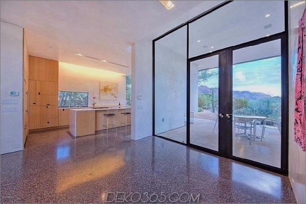 modern-desert-home-steven-holl-inside-ktichen-door.jpg