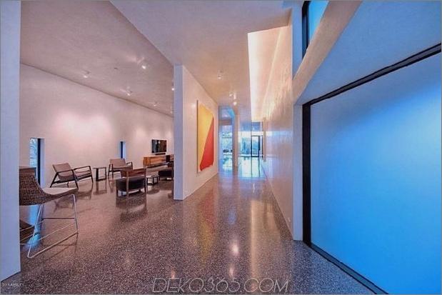 modern-desert-home-steven-holl-inside-long-hall.jpg
