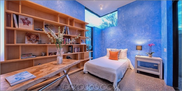 modern-desert-home-steven-holl-bed-study.jpg