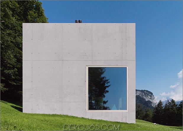 Zwei-Beton-Würfel-Haupt-Gast-Haus-7-Exterieur.jpg
