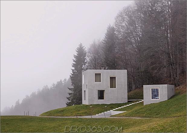Zwei-Beton-Würfel-Hauptgasthaus-14-Seite.jpg