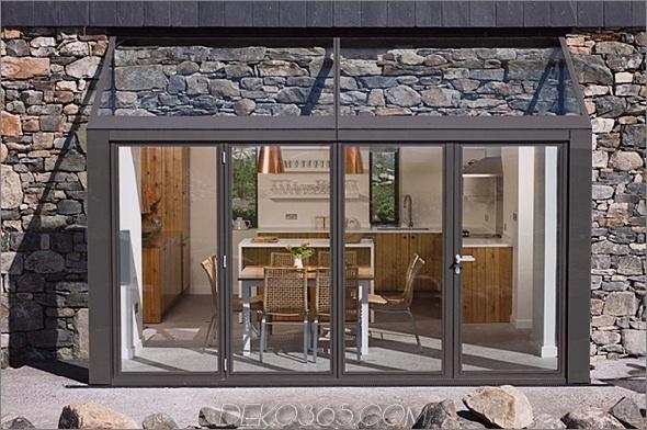 Zwei-Stein-Hütten-mit-Glas-Treppe-31.jpg