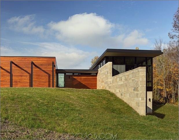 Zwei-Volumen-Haus-auf-einem-Feldsteinmauer-5.jpg