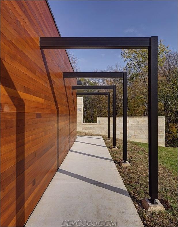 Zwei-Volumen-Haus-auf-einem-Feldsteinmauer-6.jpg