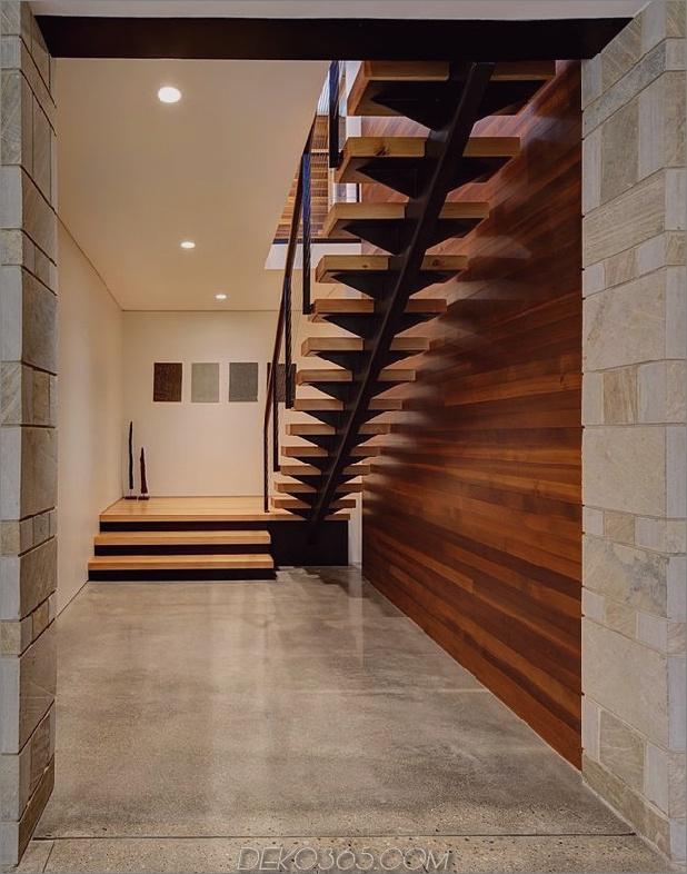 Zwei-Volumen-Haus-auf-einem-Feldsteinmauer-7.jpg