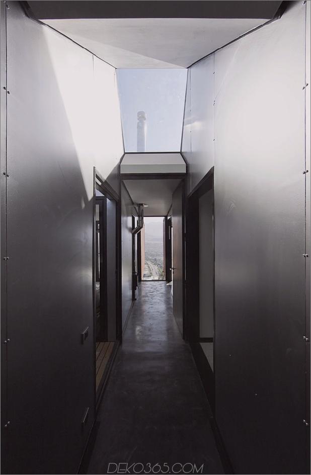 Zwölf Versandcontainer, kombiniert in ein modernes Berghaus-15.jpg